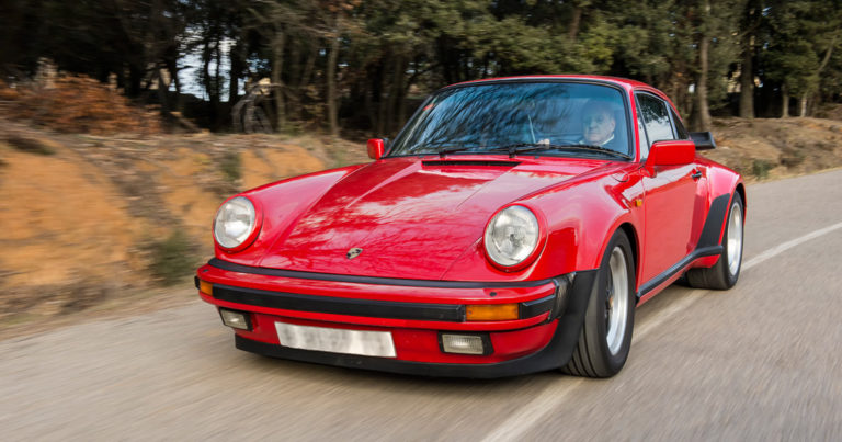 911 Turbo 3.3 in motion