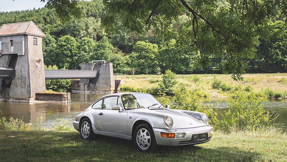 Porsche 911 964 Carrera 4 Louise Piech (5)