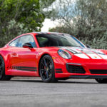 Porsche-911-Carrera-S-Endurance-Racing-Edition-right